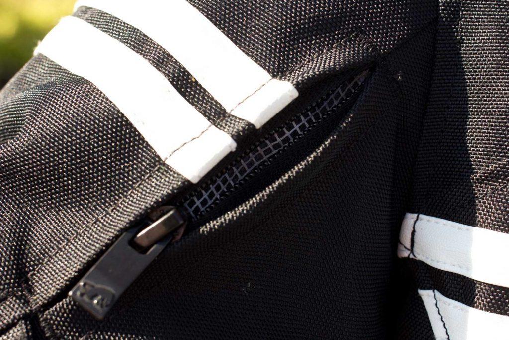 motorcycle-jacket-04