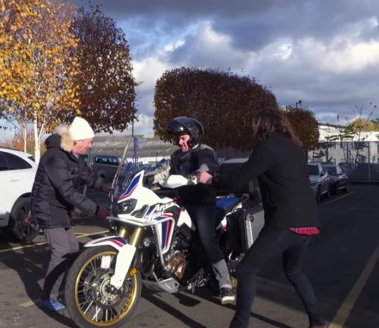 5c0783e0 Richard Hammond is too short for the Honda CRF1000L Africa Twin