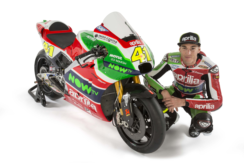 MotoGP: Aleix Espargaro stays with Aprilia until 2020 ...