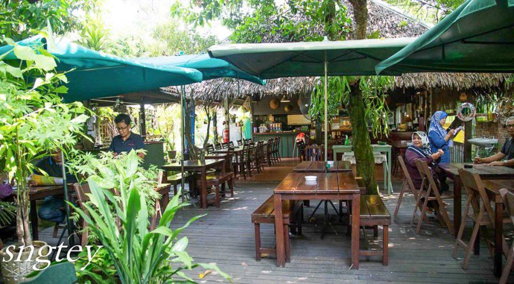 The Weekend Ride Aunty Aini S Garden Cafe Nilai Negeri