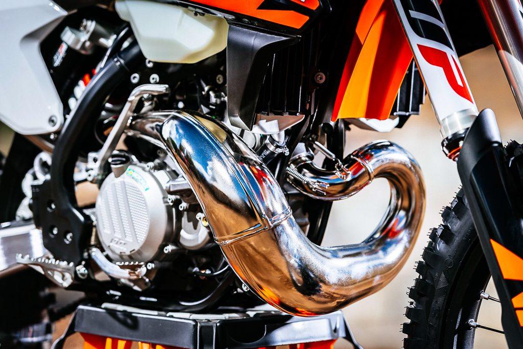 KTM reveals Fuel-injected Two-stroke Motorcycles - BikesRepublic