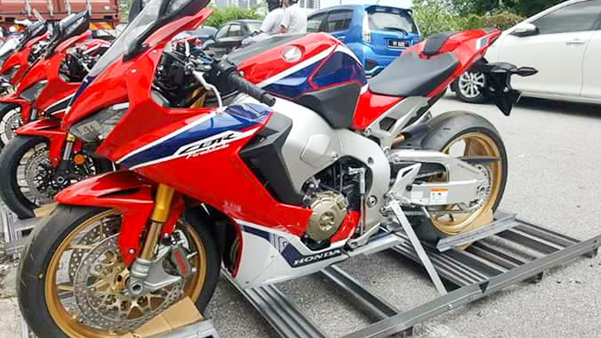 The New Honda Cbr1000rr Fireblade Is Already Here In Malaysia From