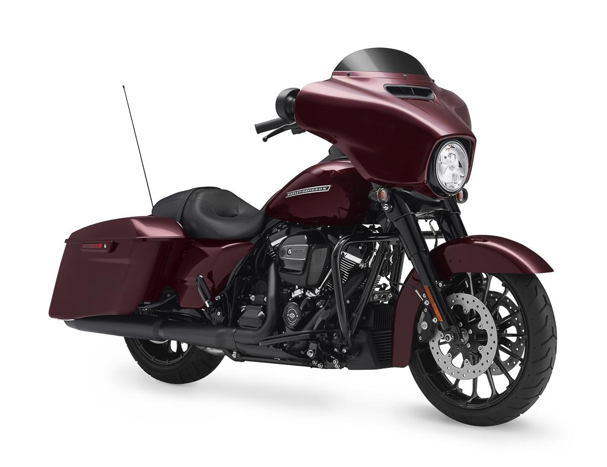 Harley-Davidson launches THREE new 2018 CVO models ...