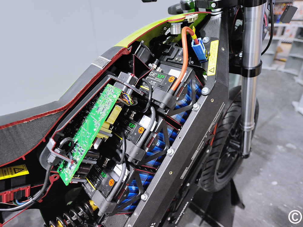 India S Motorcycle Makers To Introduce Electric