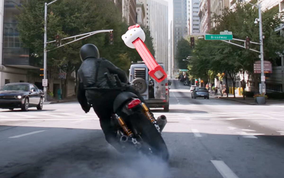 db81e9df4 It wasn't fun to see the bad guy dropping the bike but then again the  heroes threw a giant Hello Kitty Pez candy dispenser towards the guy so we  understand ...