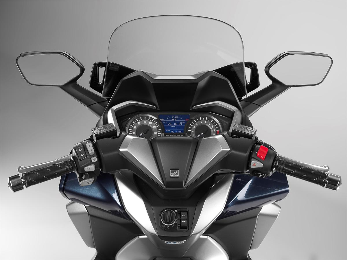 Updated 2018 Honda Forza 300 introduced - BikesRepublic