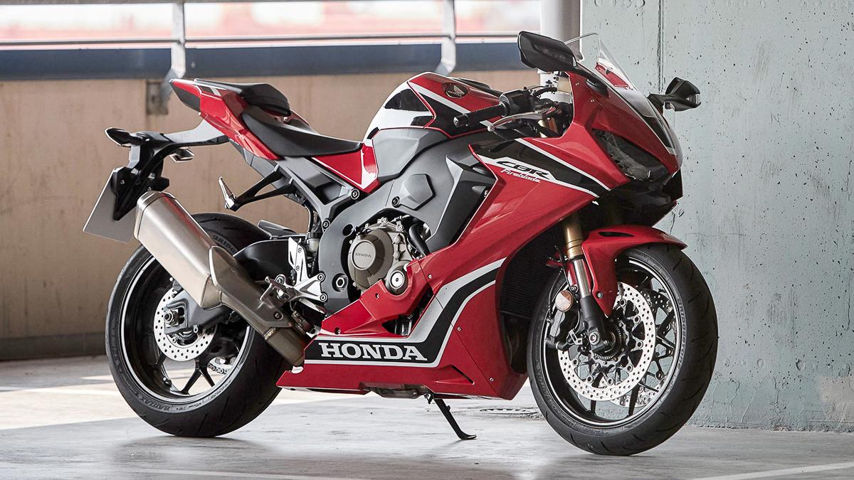 Boon Siew Honda Launches 2019 Honda Pcx Hybrid 2019 Honda Forza 300