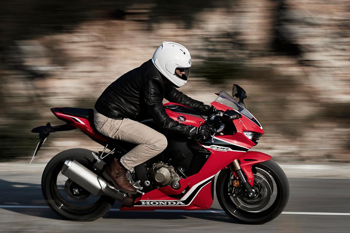 2019 Honda CBR1000RR will run a V4 engine? - BikesRepublic