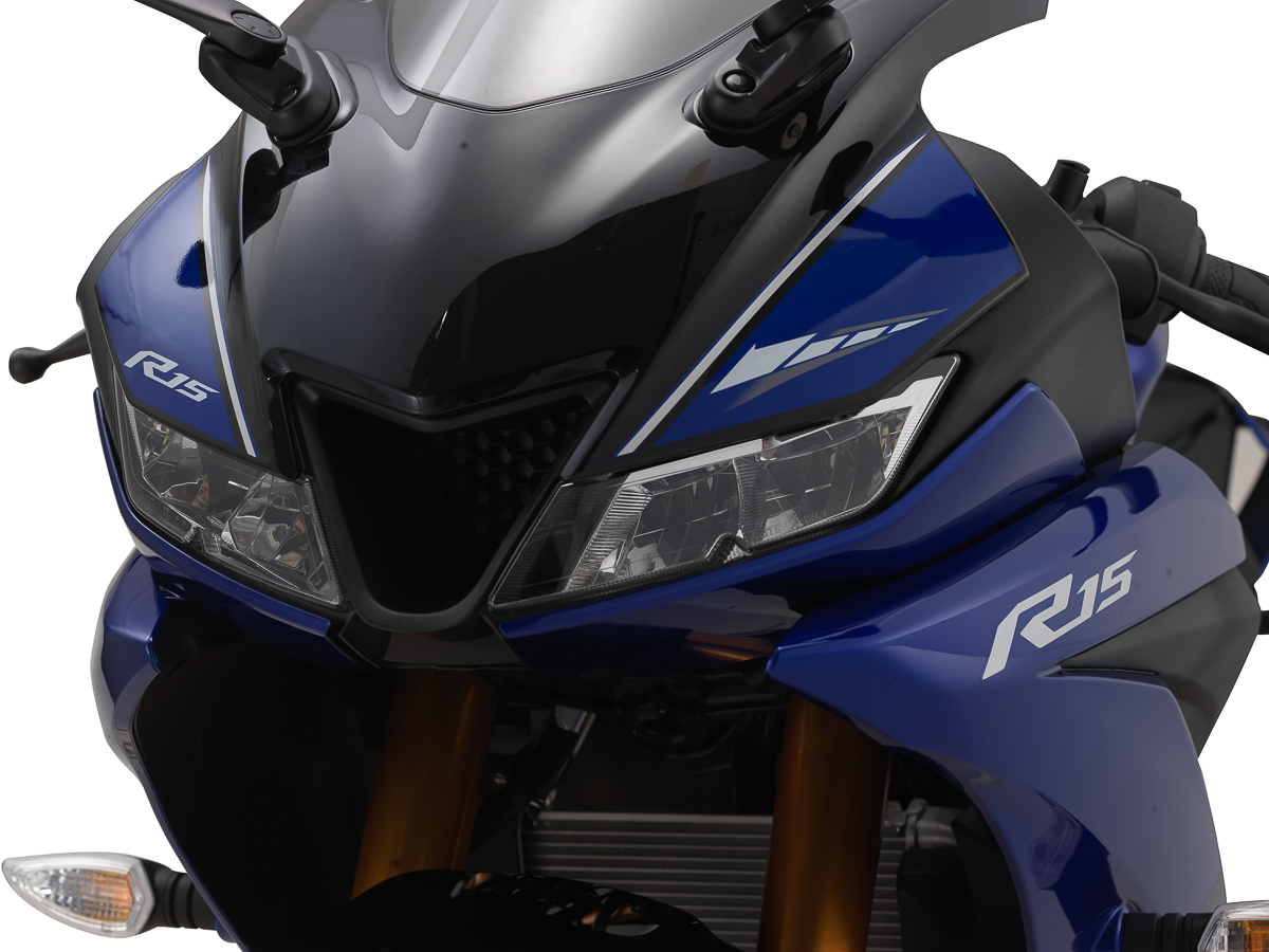 2018 Yamaha YZF-R15 now available in Malaysia – RM11,988