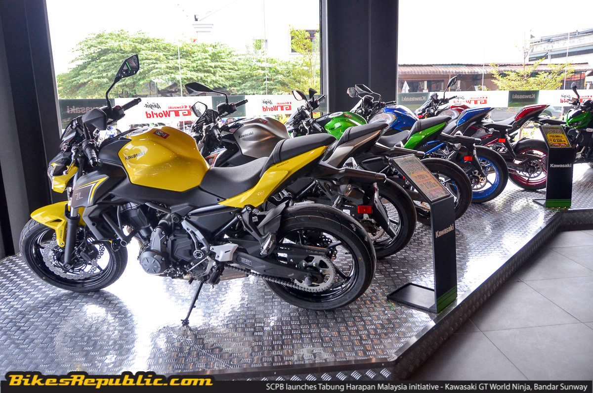326f8f3b188 ... the official representative of the Tabung Harapan Malaysia Fund on 6  September 2018 during the official opening of the SC Premium Bikes Sdn Bhd  Kawasaki ...