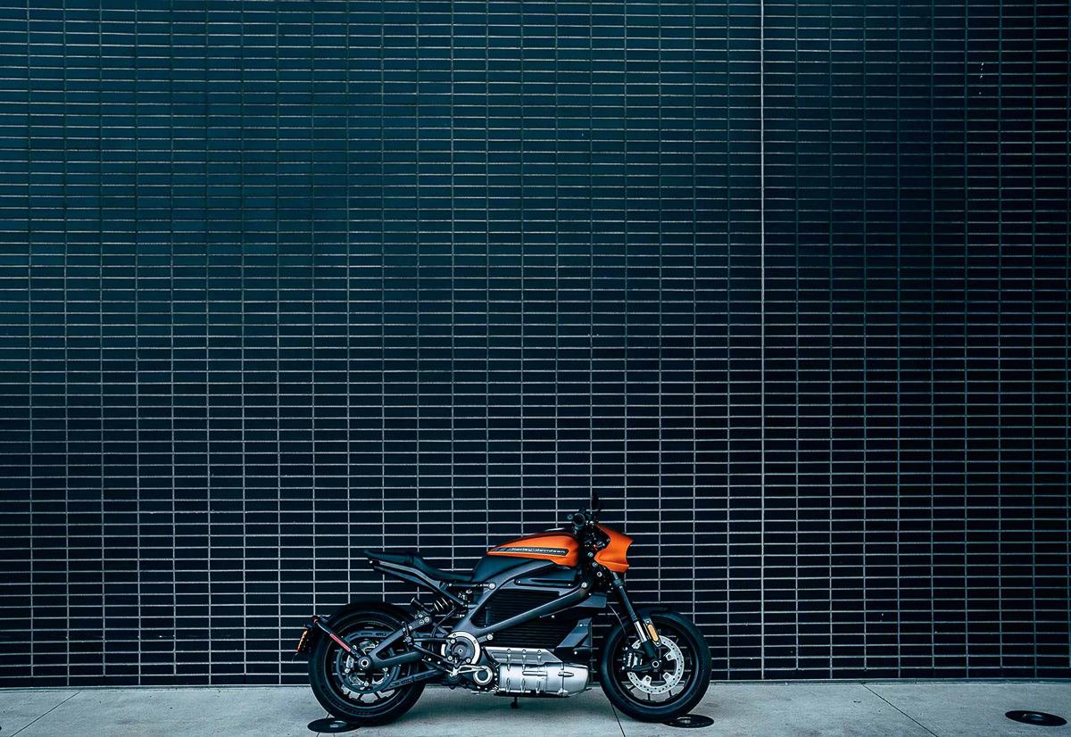 Harley Davidson Introduce 2019 Fxdr 114 Power Cruiser: FIRST LOOK: 2019 Harley-Davidson LiveWire Electric Cruiser