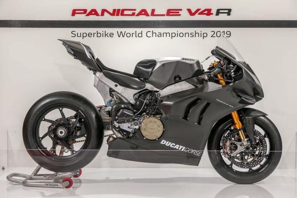 Portrait robot de votre moto idéale : ici on construit notre moto idéale 2019-Ducati-Panigale-V4-RS19-3-1024x683
