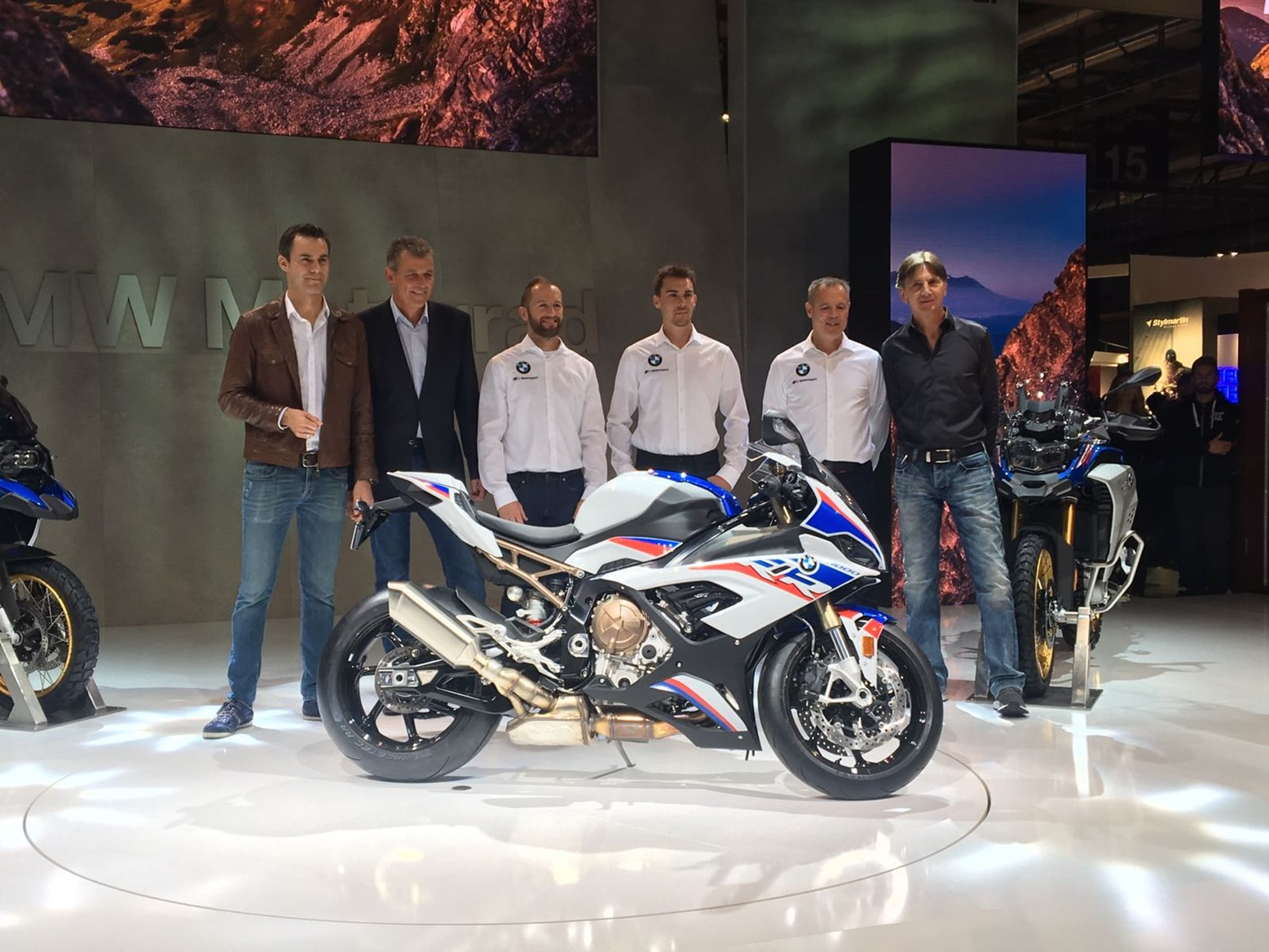 Bmw Motorrad Returns To 2019 World Superbike Championship Worldsbk