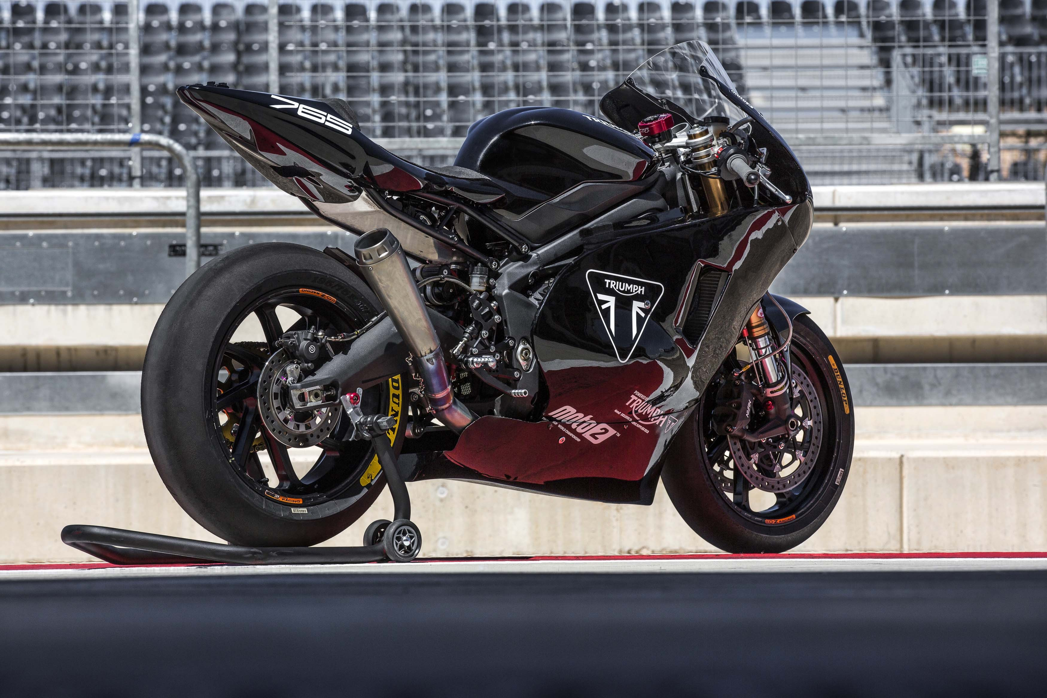 How Much Power Does the 2019 Triumph Moto2 Engine Make ...