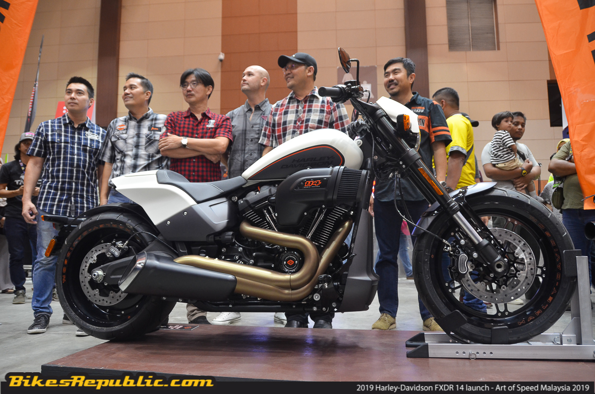 Harley Davidson Fxdr 114 2019 First Look Walkaround: 2019-harley-davidson-fxdr-114-malaysia-launch-price-17