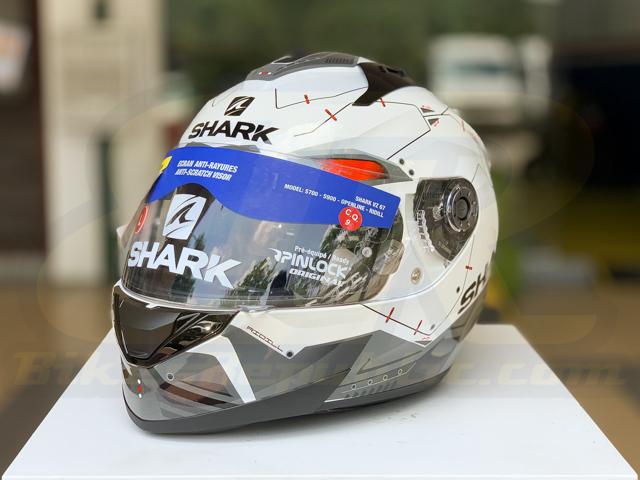 White Shark Ridill Mecca Motorcycle Motorbike Full Face Helmet WKR Black Red