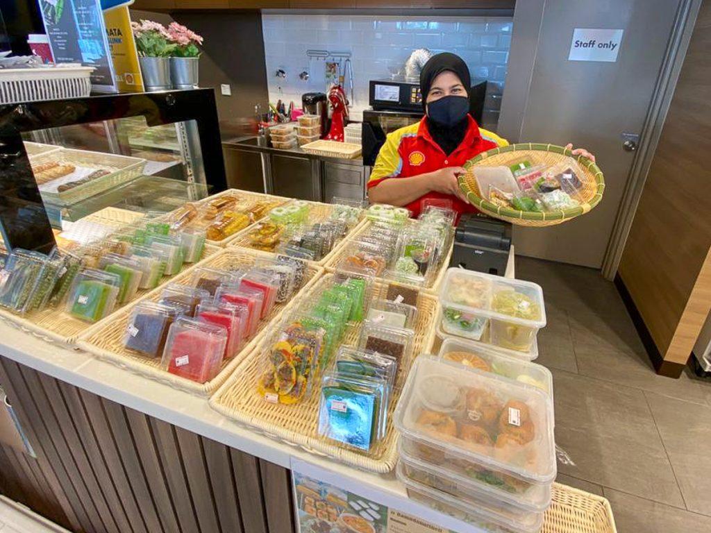 [NEW] Royale Satin Shawl | Shopee Malaysia
