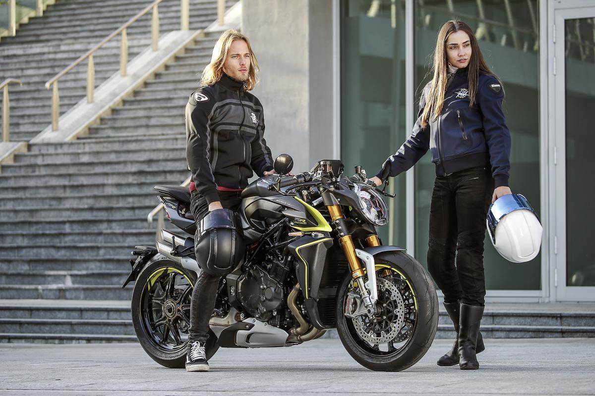 2020-mv-agusta-brutale-1000-rr-18 - BikesRepublic