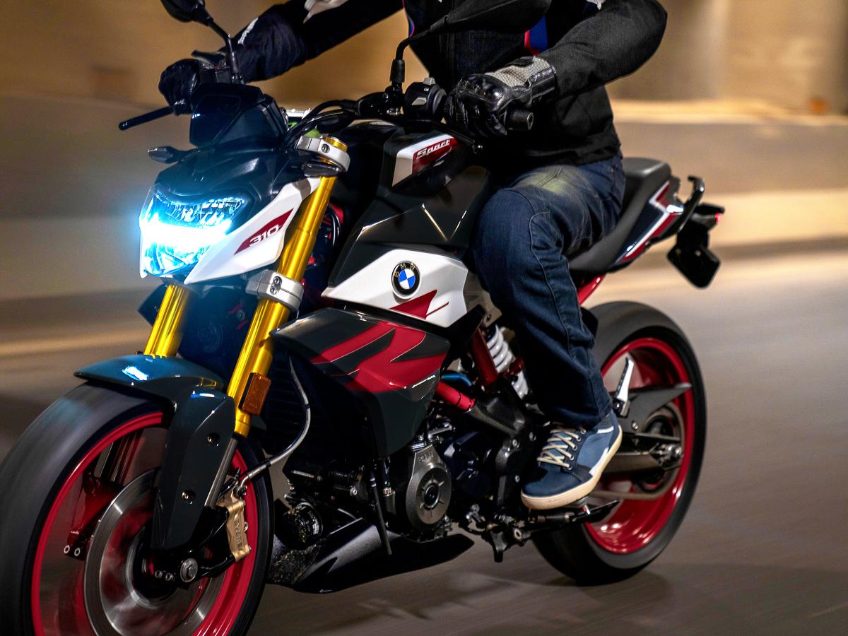 Bmw Motorrad Launches 2021 Bmw G 310 R Bikesrepublic