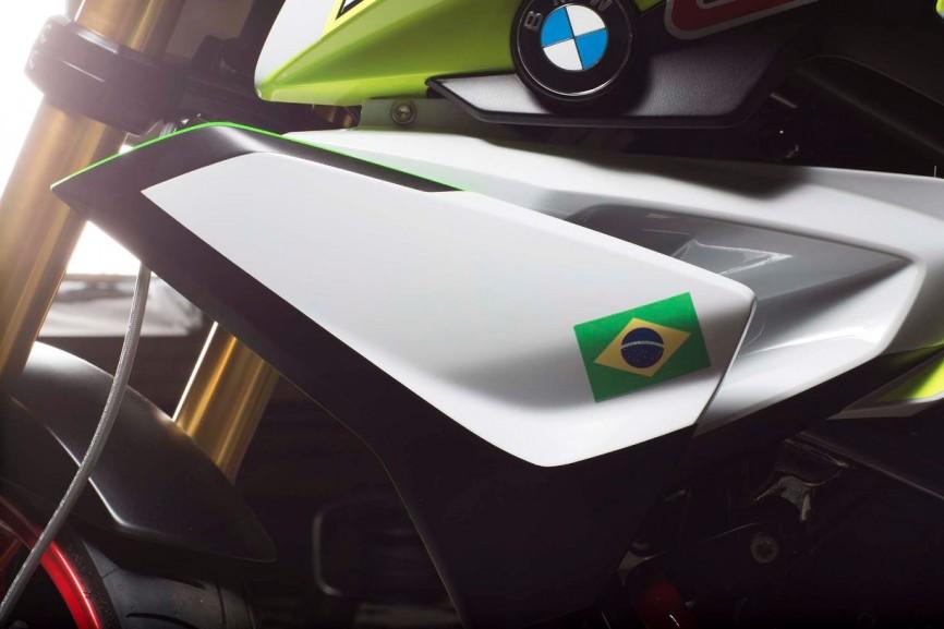 BMW-Concept-Stunt-G-310-40