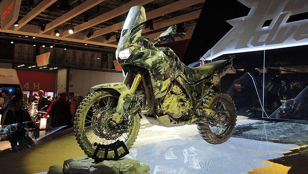 Die_Highlights_der_Motorradmesse_EICMA_in_Mailand-Ganz_schoen_heftig-Story-425129_630x356px_15_s3uryQ_Z2xVCc