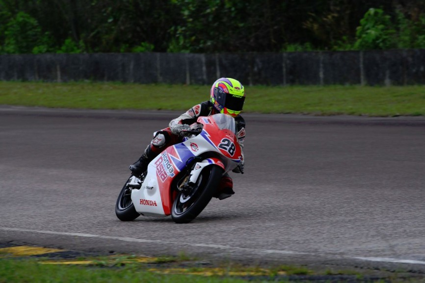 Khairul Idham Pawi in action during the Moto3 private test at the Pasir Gudang circuit in Johor