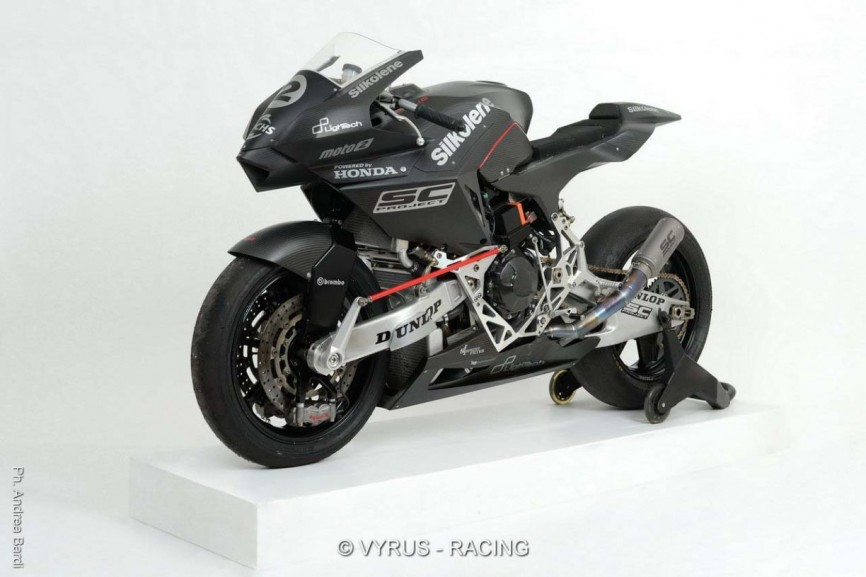 Vyrus-986-M2-Moto2-race-bike-02