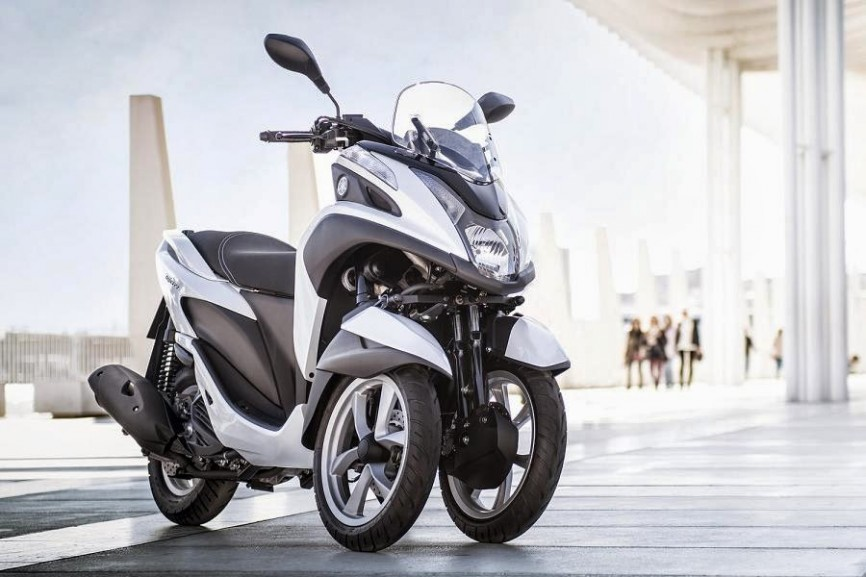 Yamaha Tricity (2015) Front Side 1