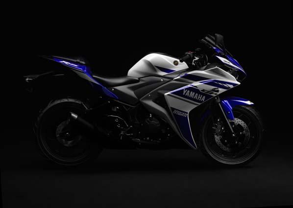 Yamaha-YZF-R25-01