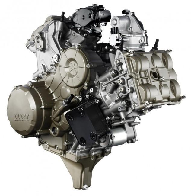 ducati-superquadro-motor-4