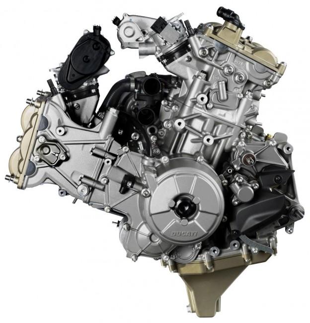 ducati-superquadro-motor-5